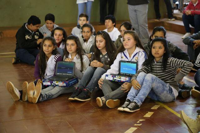 Netbooks-Colegios Secundarios-Entrega