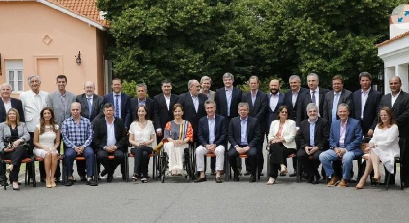 cumbre de gobernadores-macri