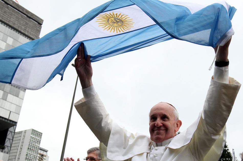 papa-con-bandera-argentina