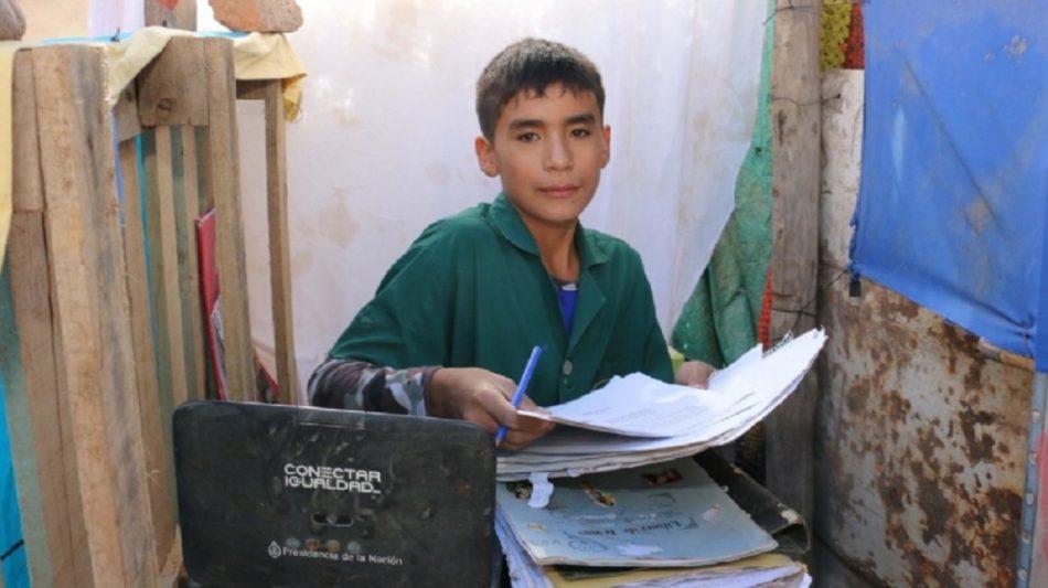 San Juan-nene-escuela