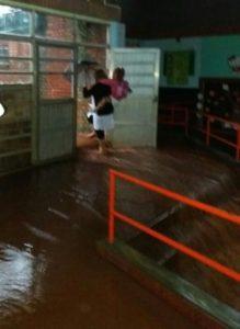 escuela 122-inundada