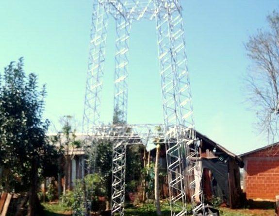 Torre para el tanque de agua del barrio Grapia de San Vicente