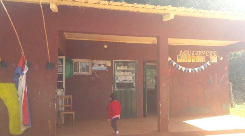 aula satelite-comunidad aborigen